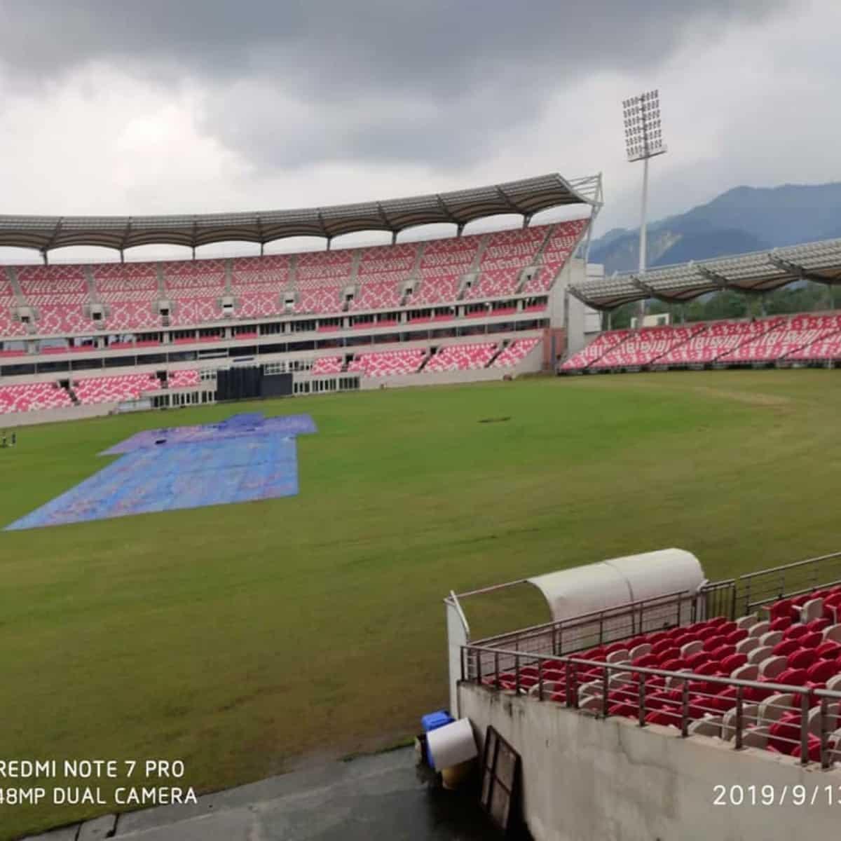 Rajiv Gandhi International Cricket Stadium(Visaka Cricket Stadium) - Hyderabad